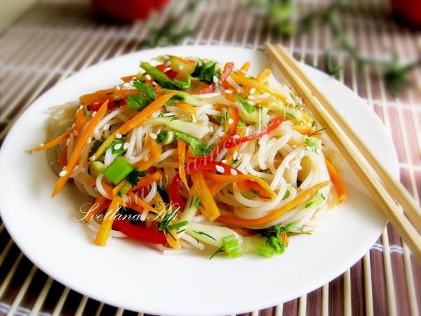 Салат из лапши по корейски