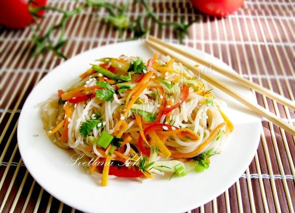 Рецепт салата из рисовой лапши
