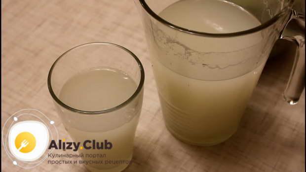 В оставшеюся закваску из овса можно добавить еще 5-6 столовых ложек сахара и 2 литра воды