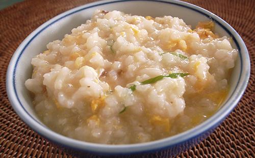 Жидкая рисовая каша с овощами