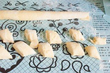Печенье из плавленых сырков - шаг 6