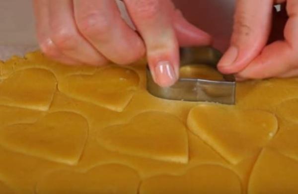 песочное печенье 1 формируем печенье