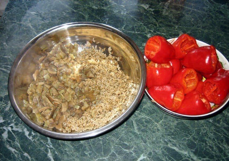 Грибной фарш и болгарский перец