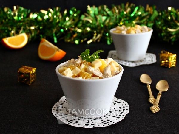 Салат с апельсином, курицей и сыром — рецепт с фото пошагово