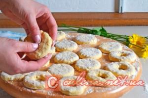 Творожные пончики жареные в масле