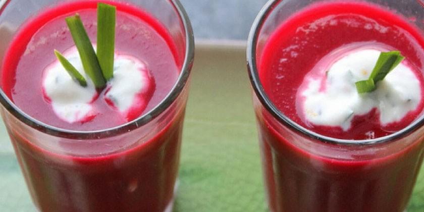 Сельдереевый напиток со свеклой