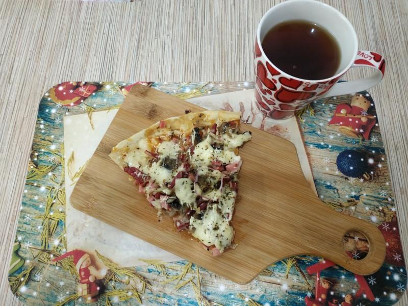 Чай с пиццей