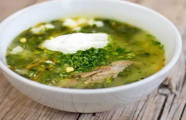Рецепты приготовления лёгкого, вкусного, сытного, зелёного борща со щавелем