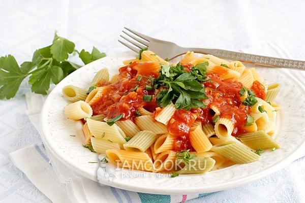 Фото макарон с томатной пастой