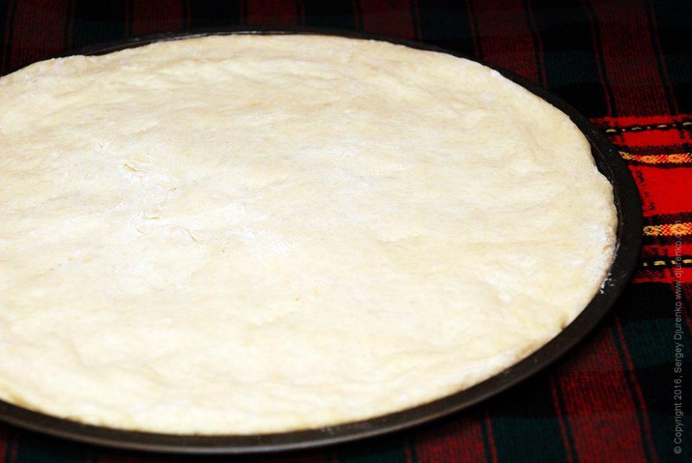 Как приготовить Пицца с шампиньонами. Шаг 3: Приготовить тесто для пиццы