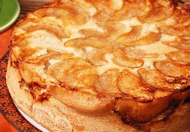Как сделать яблочную шарлотку с цедрой