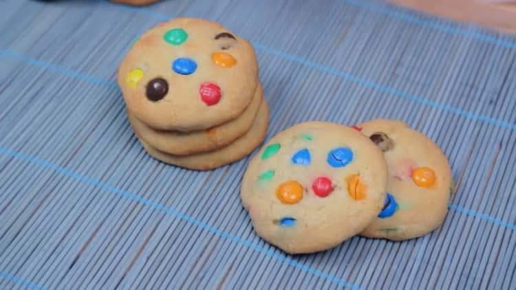 Печенье с M&M`s (ММдемс) по пошаговому рецепту с фото