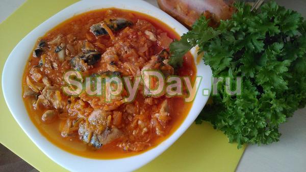 Суп с сайрой и чечевицей