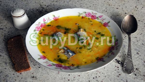 Яичный суп с консервированной сайрой