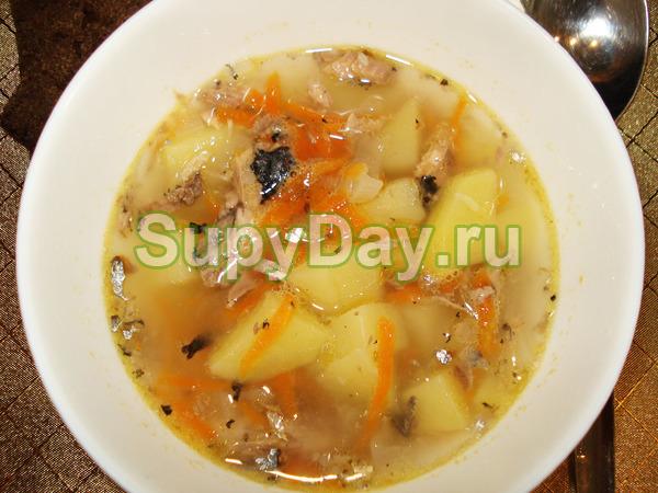 Суп с консервированной сайрой «Манная икра»