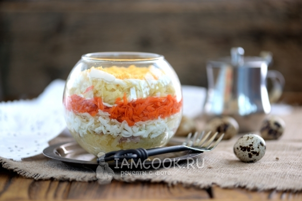 Фото салата «Мимоза» с печенью трески