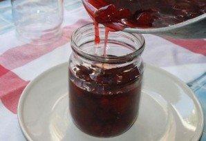 Варенье из клубники без закатки - фото шаг 10