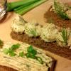 Сало через мясорубку с чесноком: рецепт и фото